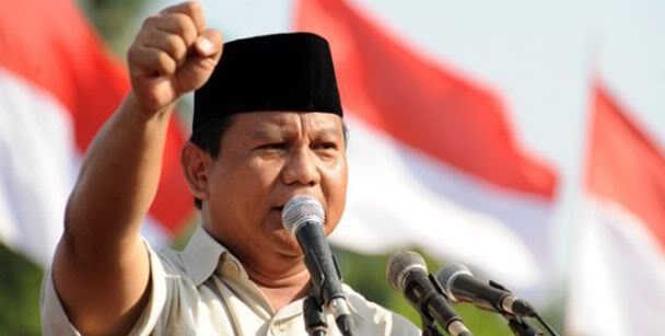 Prabowo at a recent election rally, image sosok.kompasiana.com