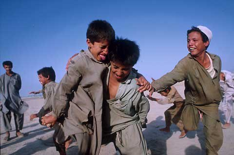 Afghan kids in Pakistan, image courtesy Dennis Drenner (c)